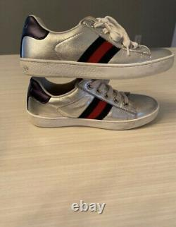 Authentic Girls Gucci Shoes Size 13 Comes With Box