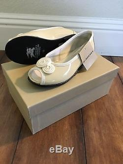 Burberry Girls Kids Patent Leather Flowers Ballerina Slip On Shoes