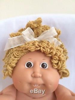 Cabbage Patch Kid, Vintage, Popcorn Hair, Girl Doll With Oufit & Shoes
