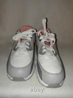 Girl Youth Nike Air Max 90 PS 833377-011 Gray Gold Athletic Shoe Size 3Y 35