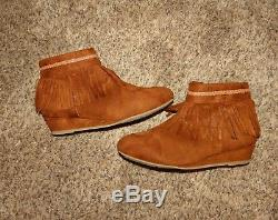 Girls Huge Lot Of 9 Size 2 Shoes Boots Wedge Fringe Children's Place Flats