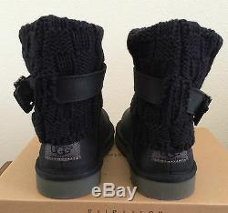 Girls Kids Youth 13 Black UGG Cambridge Leather Sweater Winter Boots 1008174
