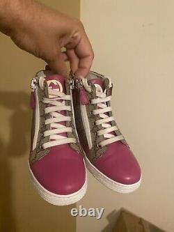 Gucci Girls Aunthentic Tennis Shoes Europe Size 30 Size USA Childrens 12.5