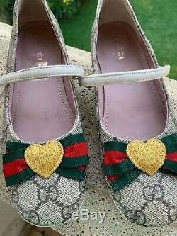 Gucci Girls kids ballet flats shoes Size EU 33- USA 2