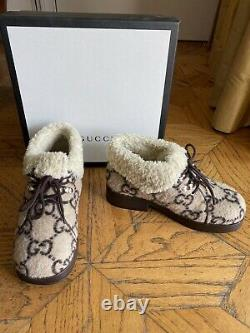 Gucci Unisex girls and boys shoes size 32