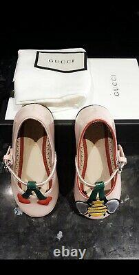 Gucci toddler flat shoes, size 21 uk