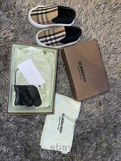 Kids Burberry Shoes Size 24 Uk7