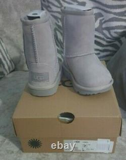NEW IN BOX genuine Kids Grey Ugg Boots Infant Size 6 shoes boot snow