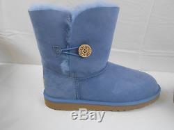 NEW NIB UGG Bailey Button short Boots Big Girls Kids size sz 6 Estate Light Blue