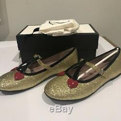 NIB Gucci Kids Girl Gold Shimmer Ballet Flats with Cherry Heart Eur33 / US1.5