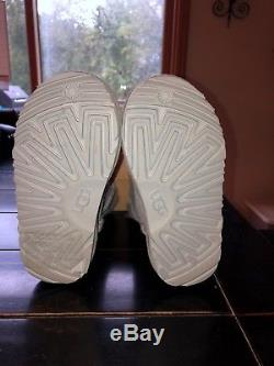 NWT Uggs Girls (youth/ kids) Size 11