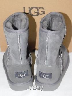 New Kids Girls Boys Size 4 Grey Ugg Classic II 1017703k Suede Sheepskin Boots