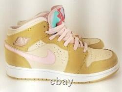 Nike Air Jordan 1 Hare Lola Bunny 2008 Shoes Wheat Pink 374458-761 Girls Sz 6.5