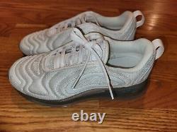 Nike Air Max 720 GS Running Shoes White Metallic AQ3196-100 Size 4.5Y/6 Womens