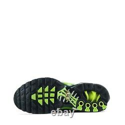 Nike Air Max Plus TN Tuned Junior Trainers Shoes, Black Volt UK 4