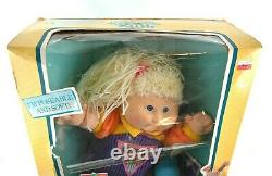 RARE Vintage Cabbage Patch Kids Poseable Kids Girl Blonde Doll 1990 Weebok Shoes