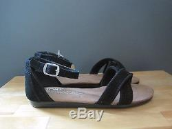 Toms Little Kid / Youth Girls Correa Black Suede Perforated Sandal US 13 NWB