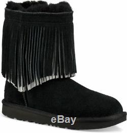 UGG Girls' Fringed Classic Short II Boots Little Kid, Big Kid Black Size 4 NIB