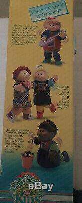 Vintage Cabbage Patch Kids Poseable Kids 15 Girl Doll 1990 Weebok Shoes